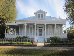Historic Bed and Breakfast in Mississippi. Photo by Susan P. Berry