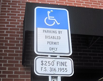 Florida Accessible Parking Sign 2016 with the required fine sign.